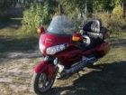 Продам мотоцикл Honda gold wing 1800