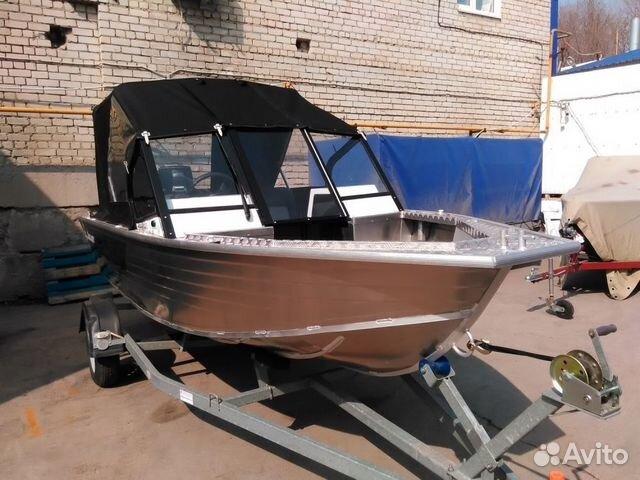 лодка вельбот на саратове