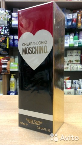 Moschino Cheap and Chic (50 ml)— фотография №1