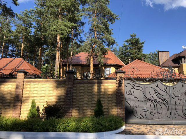 Дом 420 м² на участке 10 сот.