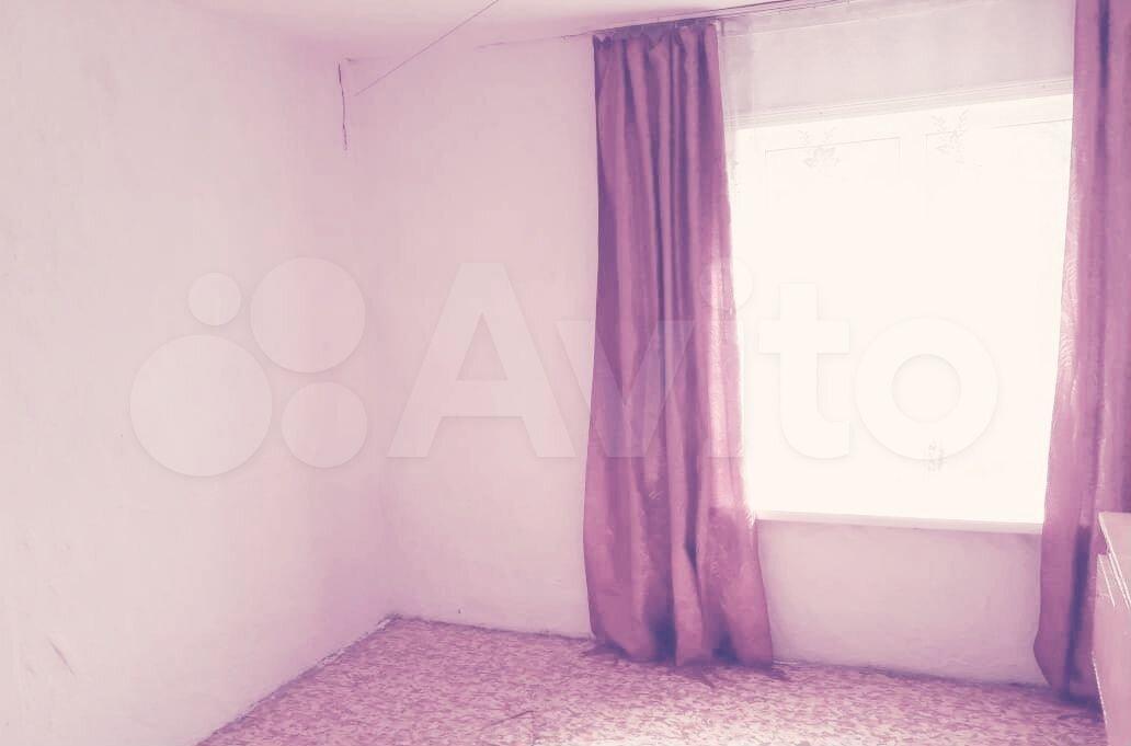 Hus 60 m2 på tomten 6 hundra.  89139952126 köp 6