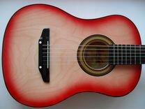 Акустическая гитара простая